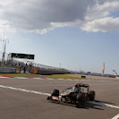 Romain Grosjean, Lotus E21 Renault, takes the chequered flag in 2nd position
