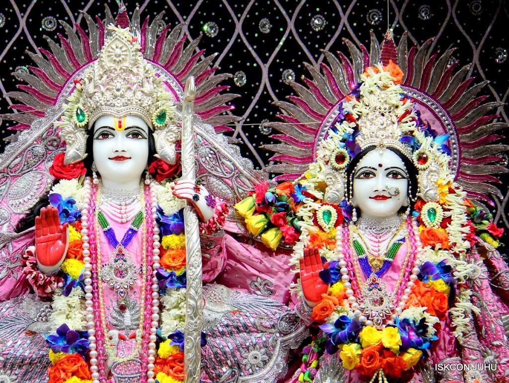 ISKCON Juhu Sringar Deity Darshan 20 Jan 16 (35)