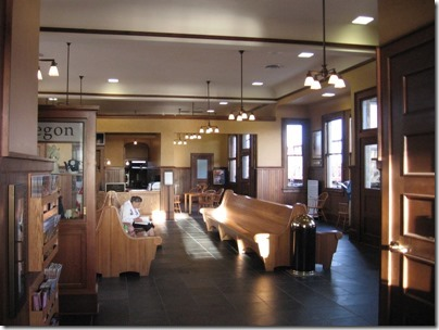 IMG_9506 Interior of Depot in Albany, Oregon on December 4, 2007