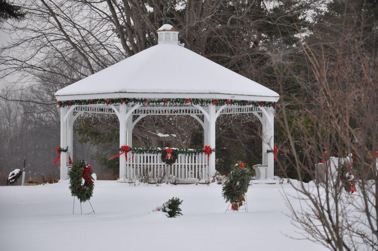 images of gazebos decorated