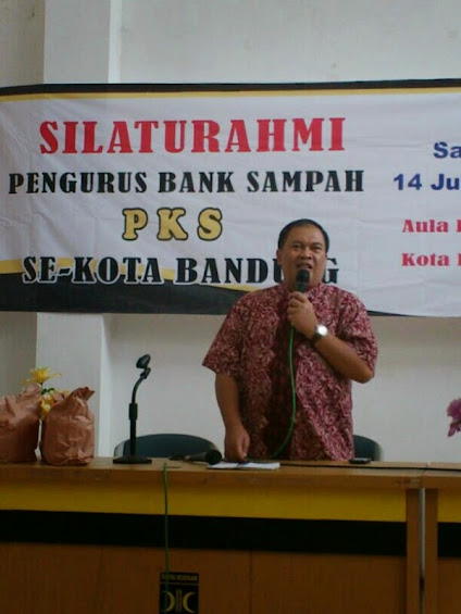 Wakil Walikota Bandung Oded M Danial beri sambutan