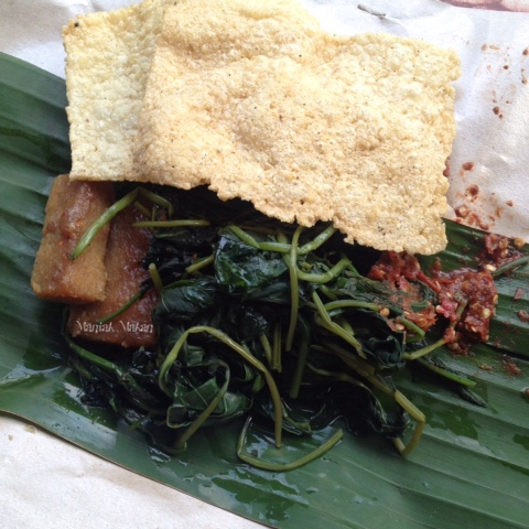 Maniak-Makan-Brambang-Asem-Singosaren-Solo