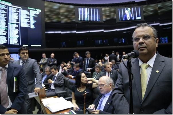 Rogério no plenário da Câmara