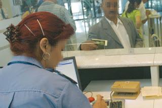 Binationaux détenteurs d'un passeport étranger, L'obligation de visa annulée