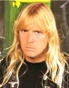 Jeff Hanneman - guitarra rítmica e principal