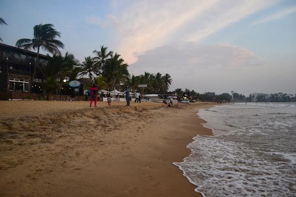 Берег океана, Маунт Лавиния, Коломбо, Шри Ланка