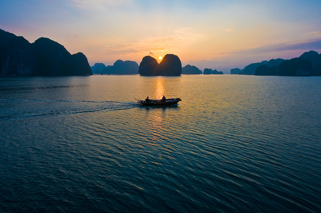 Cool Pictures of Halong Bay