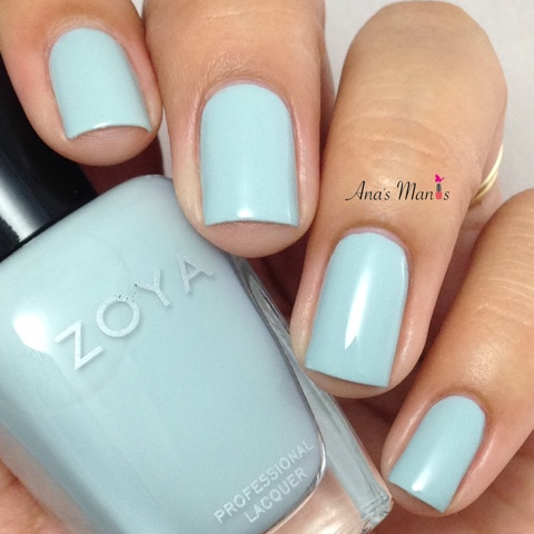 zoya-nail-polish-lake-swatch