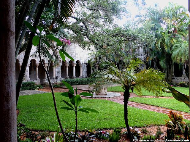 jardin-monasterio-español-miami.JPG