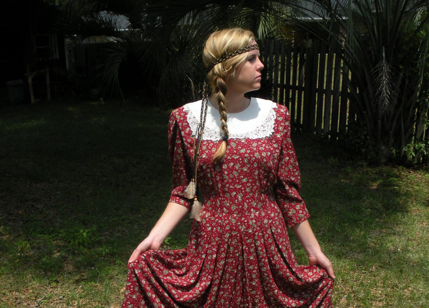QUICK SALE: TWV Bohemian Collection - Red floral dress