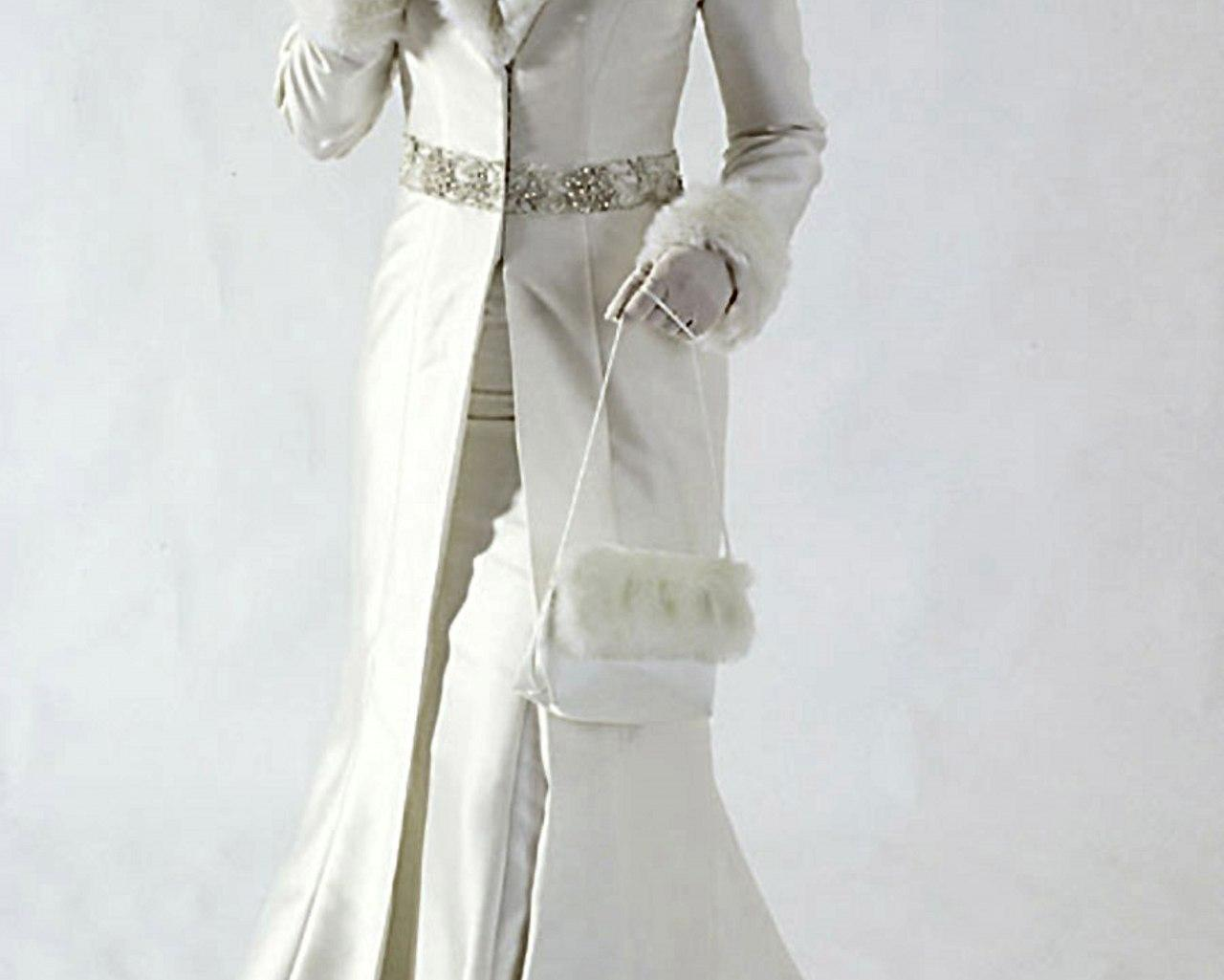 white-winter-wedding-dress