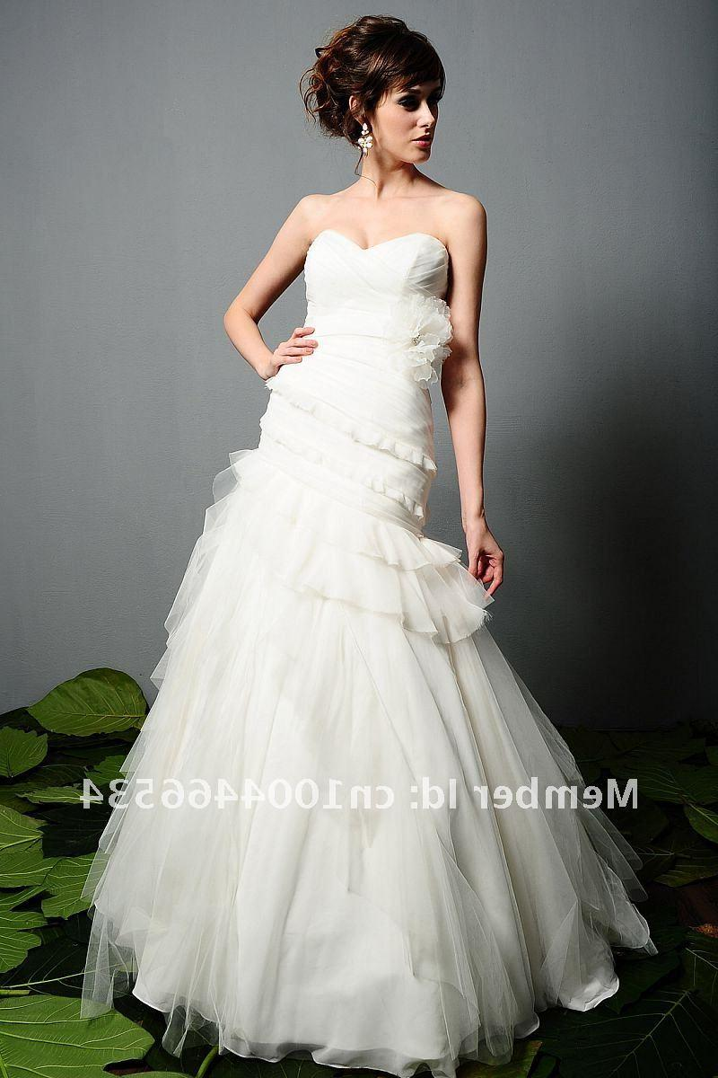 2011 New arrival Romantic white asymmetric trumpet couture tulle wedding