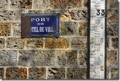 Plaque Port de l'hotel de ville