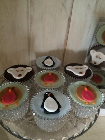 penguin Cake - Little House Lovely - Festive Food
