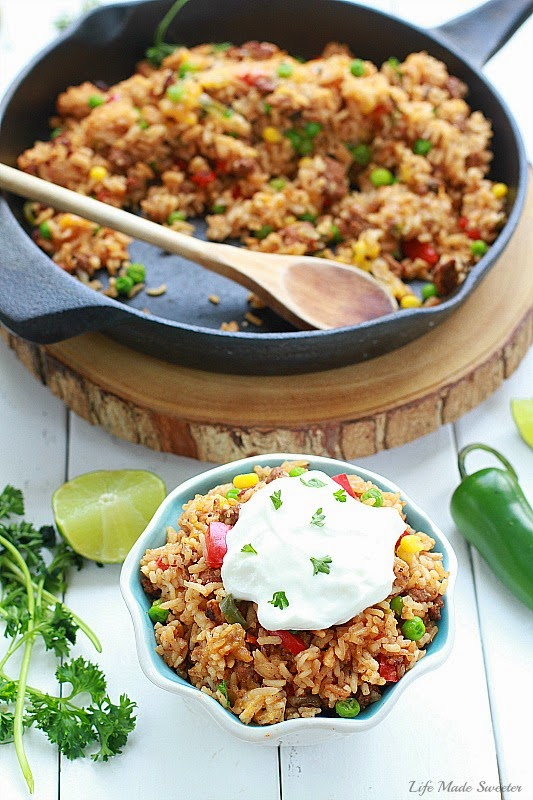 {One Pan} Mexican Rice Skillet makes the perfect weeknight meal in under 30 minutes. Made all in jusone pan with even the rice!.jpg
