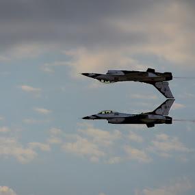 Inverted Thunderbirds by John Spain - Transportation Airplanes ( thunderbirds )