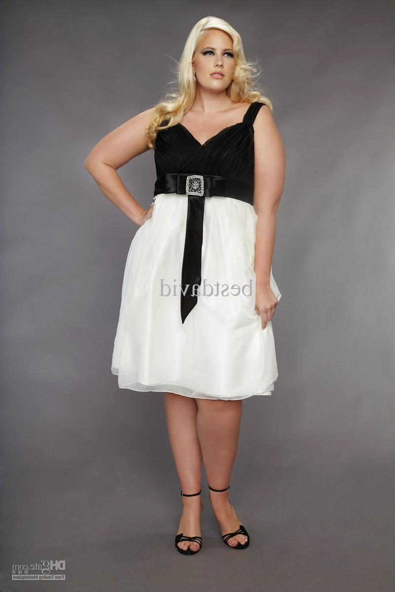 Black White Plus Size Short