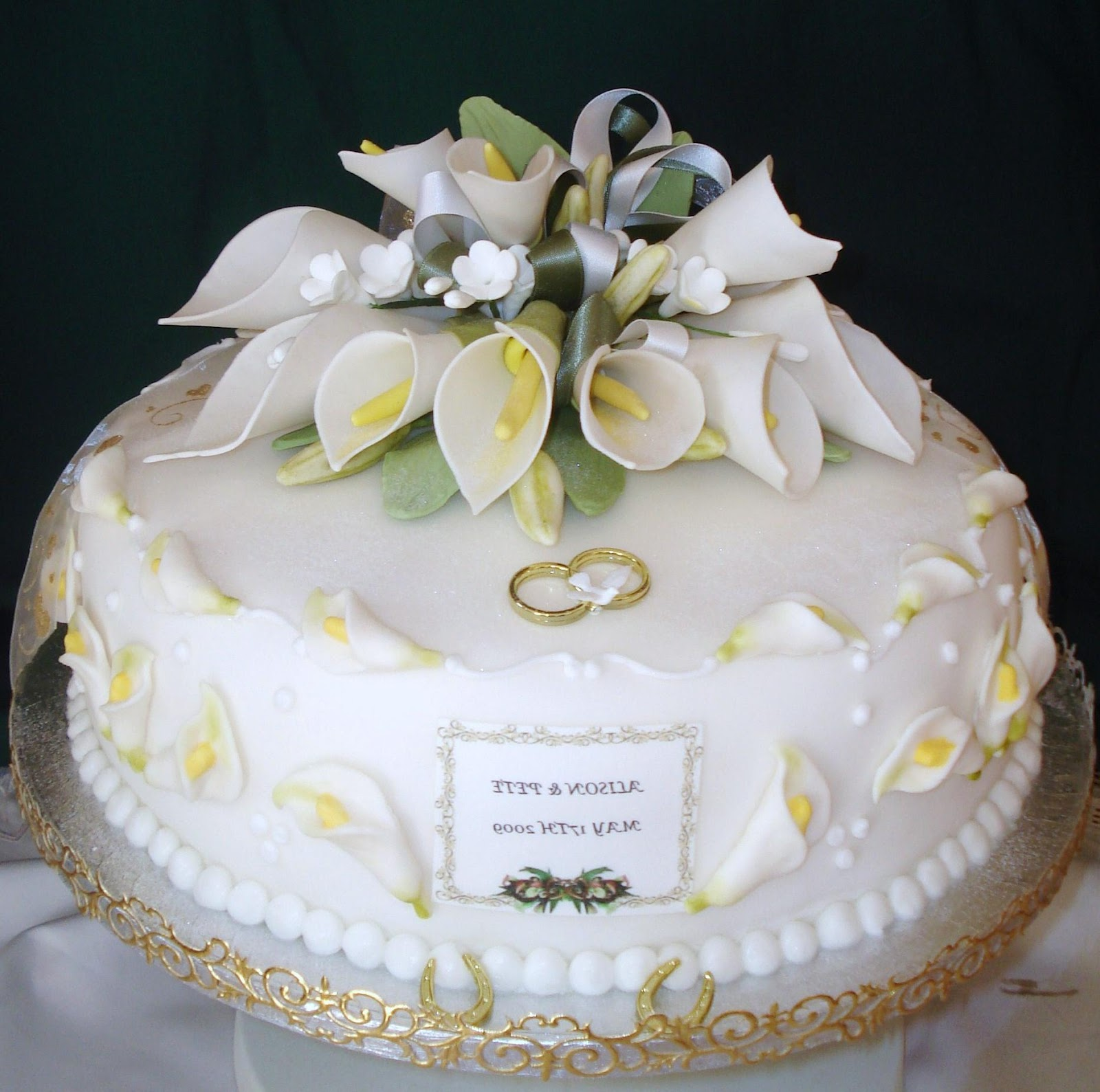 Pin Quilted Calla Lily Cake Jpg — Round Wedding Cakes Cake