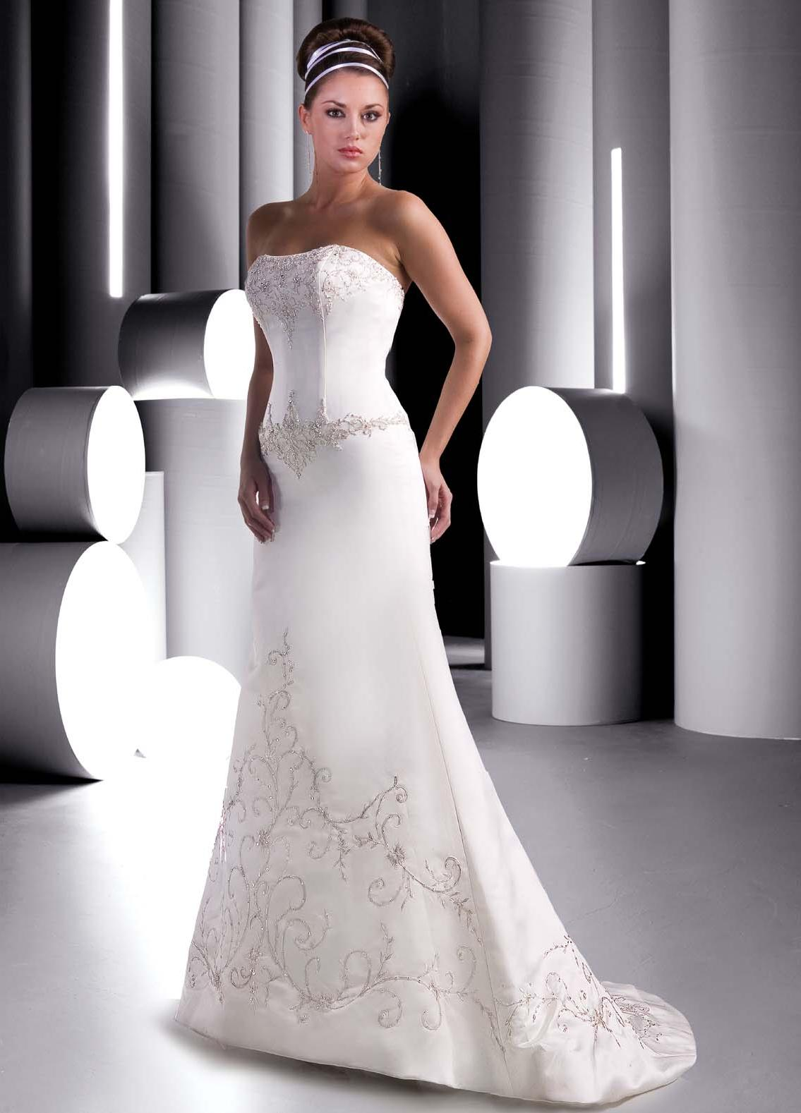 Designer Wedding Dress D002