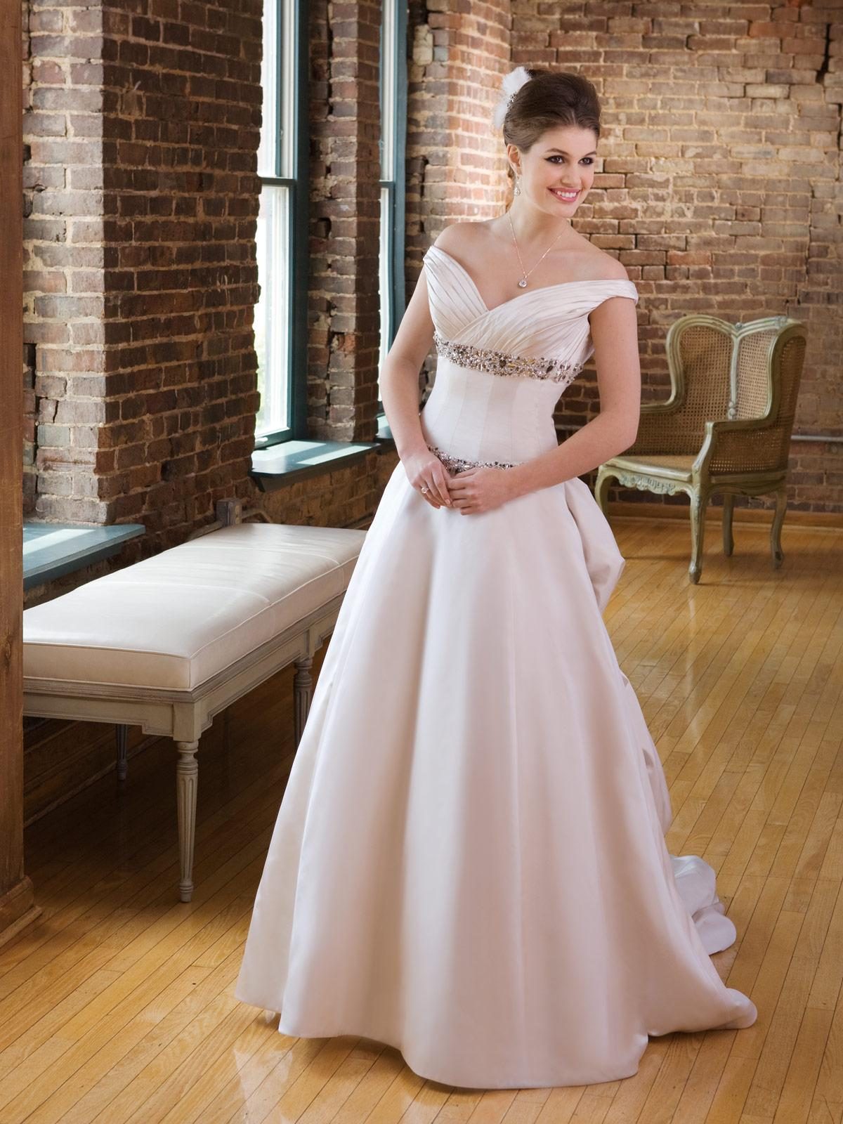Diamond White wedding dress