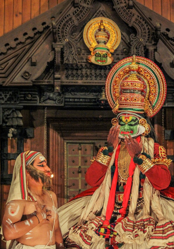 Kathakali show in action at Cochin