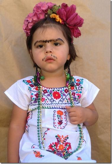 tutorial para el disfraz casero de Frida Kahlo niña
