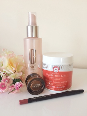 First Aid Beauty Blemish Control Pads review, Clinique Moisture Surge Face Spray review, Max Factor excess shimmer, GOSH Antique Rose lip liner, June Favourites 2015, beauty blog, beauty blogger