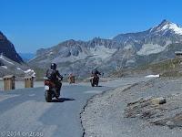 Auf dem Scheitel des Col de l'Iséran. Die Nordrampe runter nach Val d'Isere.