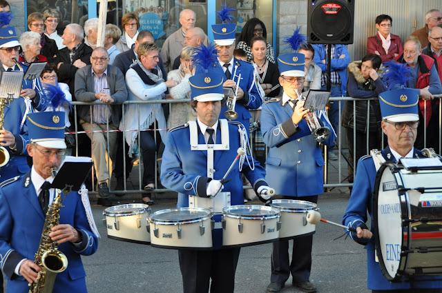 Harmonie en Majoretten - Fietel 2015- 201509271848 - DSC_0754.JPG