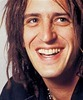 Izzy Stradlin - guitarra rítmica, backing vocals