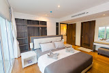 big luxury apartment with private jacuzzi in a prestigious area of cozy beach     for sale in Pratumnak Pattaya