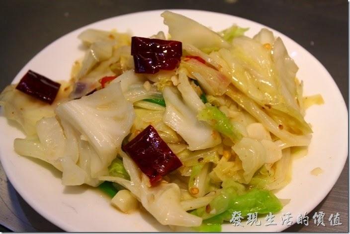 台南-椰如鐵板燒創意料理。辣炒高麗菜:非常清脆可口入味,推薦喔。