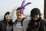 Chloe, Katelyn und Kijana. Unsere Mädels mit ihren Masken