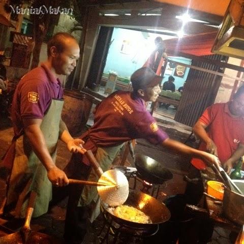 Maniak Makan, chef Sumber Bestik Pak Dharmo, Solo