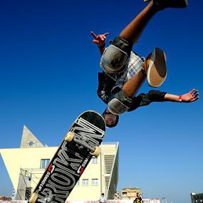 Skate n°1 by Fabio Ponzi - Sports & Fitness Skateboarding ( skate, fly, blue, rome, sea, contest, world )