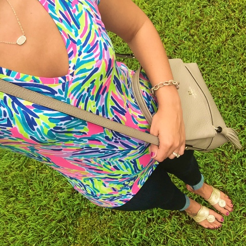 best skinny jeans for moms, preppy style, jack rogers, lilly pulitzer
