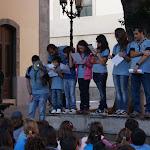 Ayram comienza a leer el Manifiesto