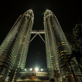 The pride of Malaysia by Eddy Watt - Buildings & Architecture Office Buildings & Hotels ( twin tower )