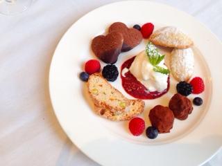 A La Carte Bistro dessert