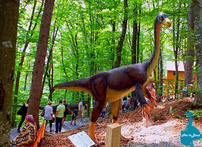 dinozaur dino parc rasnov