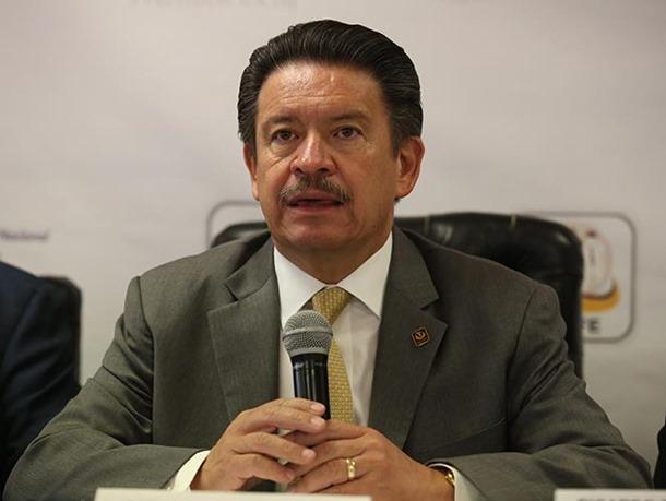 Respalda Navarrete medidas tomadas por Banxico y SHCP