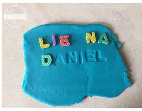 name recognition activity for toddler preschool kindergarten