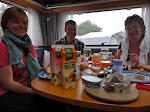 Morgenmad i campingvognen på Steens fødselsdag