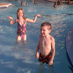 Kids at a hotel pool in Orlando FL 06032011-01