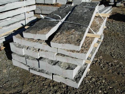Stenen Muur Voor Binnen : Muur in gestapelde stenen Carrières du Bocq