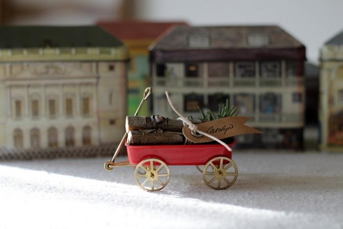 Vintage Wagon & Log Place Cards by homework (carolynshomework (4)