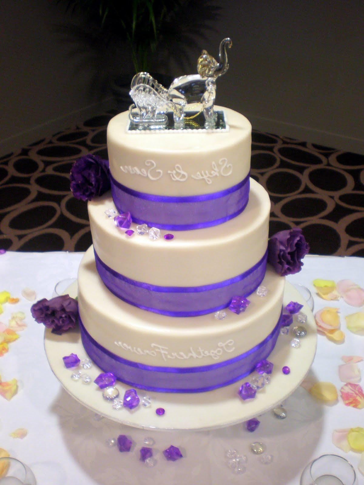 purple and white wedding cakes