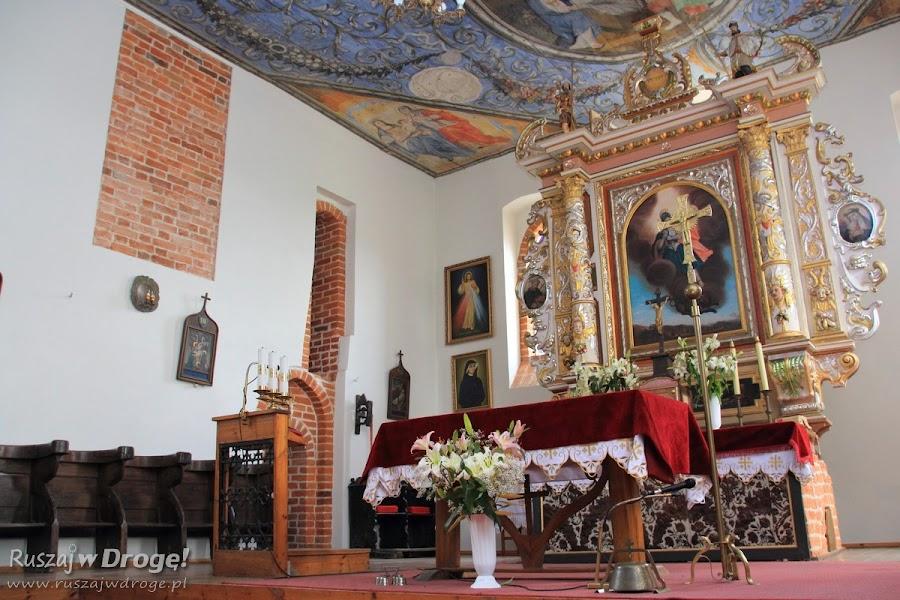 Stara Kościelnica - wnętrza kościoła