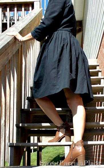 Black dress, brown peep toe booties4
