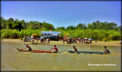 "Budaya Balap Perahu ""Pecun"" Dari Kecamatan Tomo"